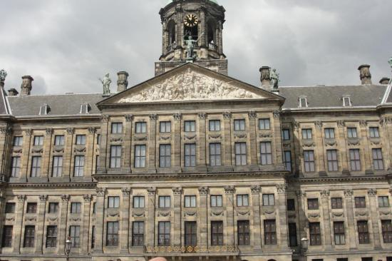 12-Amsterdam